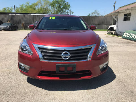 2013 Nissan Altima for sale at SOUTHWAY MOTORS in Houston TX