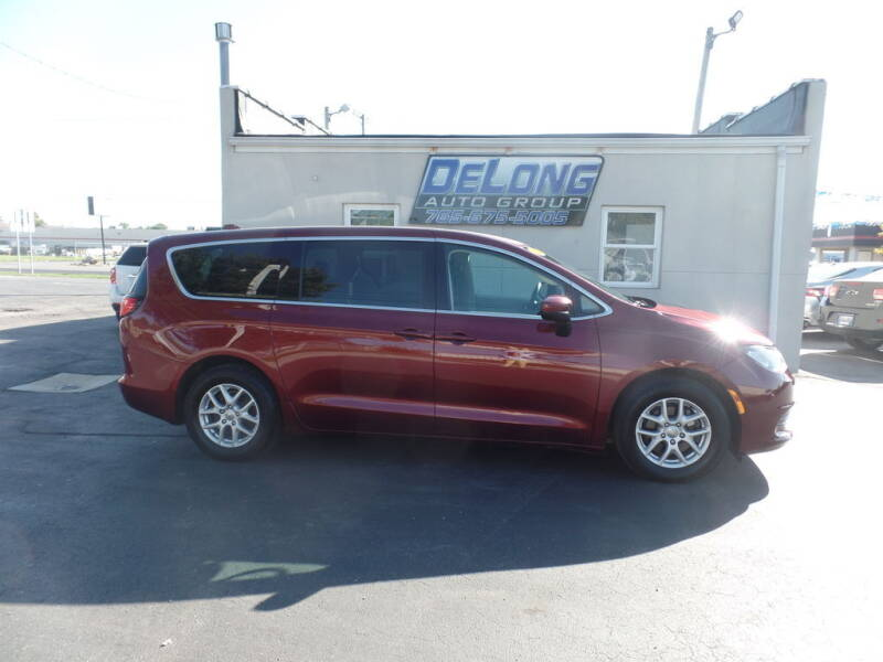 2017 Chrysler Pacifica for sale at DeLong Auto Group in Tipton IN
