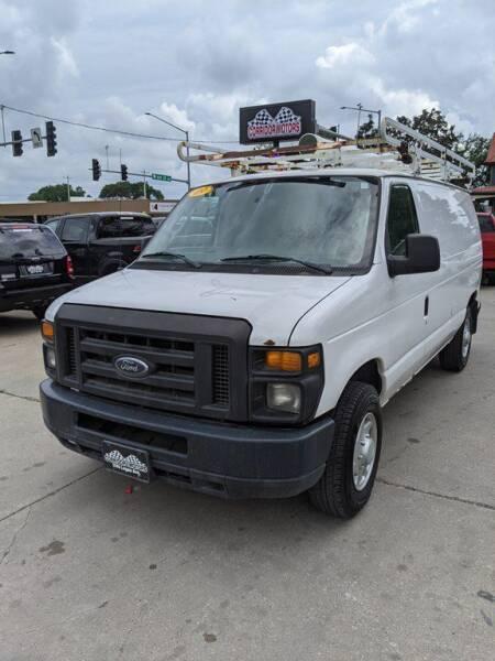 2009 Ford E-Series Cargo for sale at Corridor Motors in Cedar Rapids IA