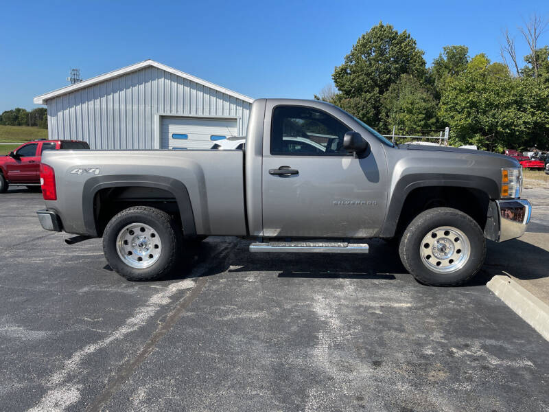 2013 Chevrolet Silverado 1500 for sale at B & W Auto in Campbellsville KY