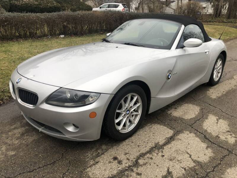 2005 BMW Z4 for sale at Urban Motors llc. in Columbus OH