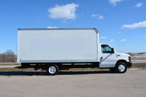2013 Ford E-Series Chassis for sale at Signature Truck Center in Crystal Lake IL
