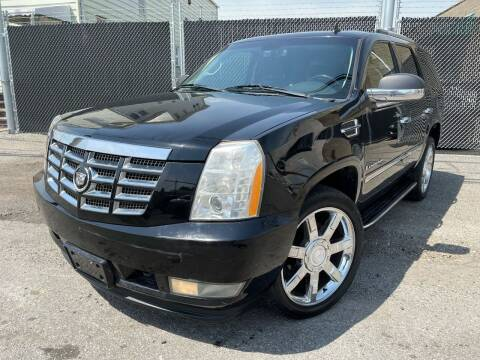 2008 Cadillac Escalade for sale at Illinois Auto Sales in Paterson NJ
