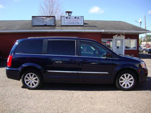 2013 Chrysler Town and Country for sale at G and G AUTO SALES in Merrill WI