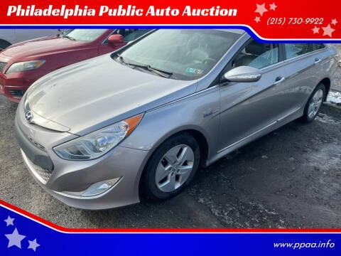 2012 Hyundai Sonata Hybrid for sale at Philadelphia Public Auto Auction in Philadelphia PA