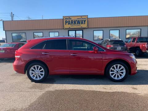 2010 Toyota Venza for sale at Parkway Motors in Springfield IL