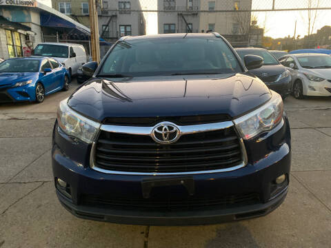 2015 Toyota Highlander for sale at Luxury 1 Auto Sales Inc in Brooklyn NY