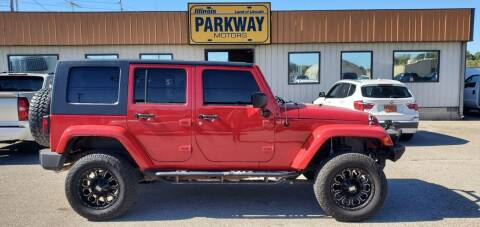 2010 Jeep Wrangler Unlimited for sale at Parkway Motors in Springfield IL