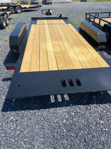 2021 CAM SUPERLINE 19FT SPLIT DECK XTRA WIDE for sale at STAUNTON TRACTOR INC - trailers in Staunton VA