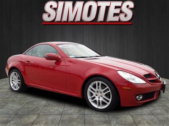 2009 Mercedes-Benz SLK for sale at SIMOTES MOTORS in Minooka IL