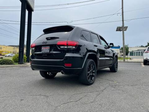 2018 Jeep Grand Cherokee for sale at Nasa Auto Group LLC in Passaic NJ
