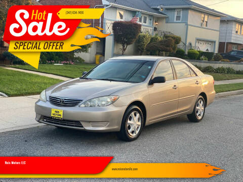 2005 Toyota Camry for sale at Reis Motors LLC in Lawrence NY