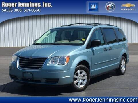 2008 Chrysler Town and Country for sale at ROGER JENNINGS INC in Hillsboro IL