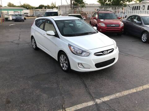 2013 Hyundai Accent for sale at Fast Lane Motors in Turlock CA