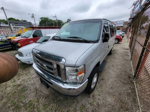 2013 Ford E-Series Cargo for sale at SAM'S AUTO SALES in Chicago IL