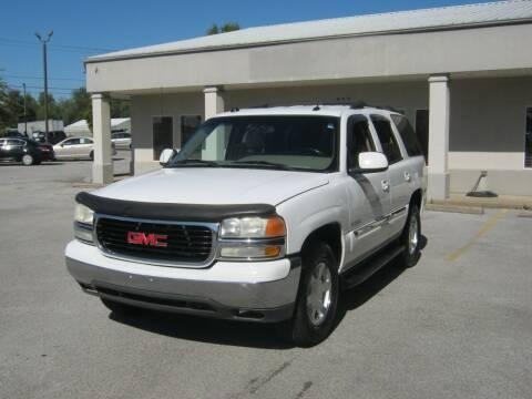2004 GMC Yukon for sale at Premier Motor Co in Springdale AR