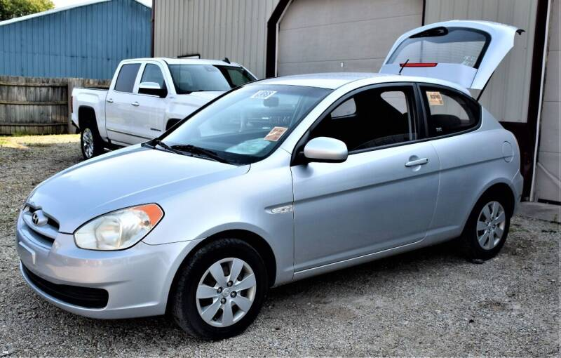 2010 Hyundai Accent for sale at PINNACLE ROAD AUTOMOTIVE LLC in Moraine OH