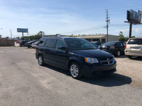2016 Dodge Grand Caravan for sale at Lucky Motors in Panama City FL