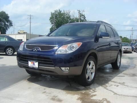 2008 Hyundai Veracruz for sale at EURO MOTORS AUTO DEALER INC in Champaign IL
