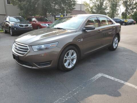 2015 Ford Taurus for sale at MIDWEST CAR SEARCH in Fridley MN