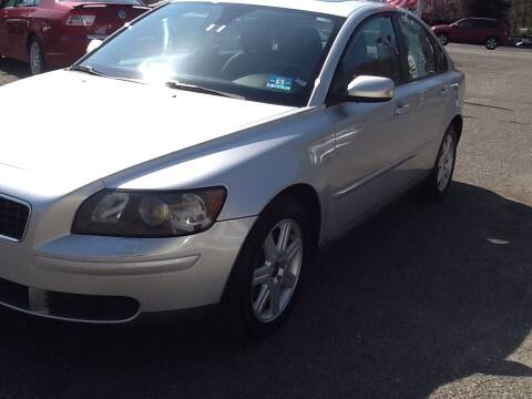 2006 Volvo S40 for sale at Lance Motors in Monroe Township NJ