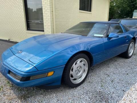 1991 Chevrolet Corvette for sale at Claborn Motors, INC in Cambridge City IN