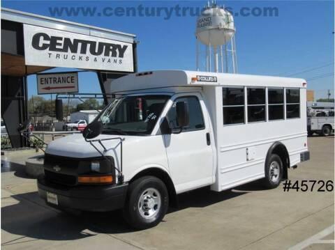 2007 Chevrolet Express Cutaway for sale at CENTURY TRUCKS & VANS in Grand Prairie TX
