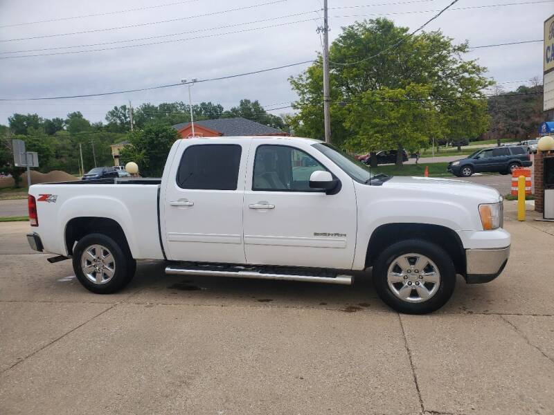 2013 GMC Sierra 1500 for sale at RIVERSIDE AUTO SALES in Sioux City IA