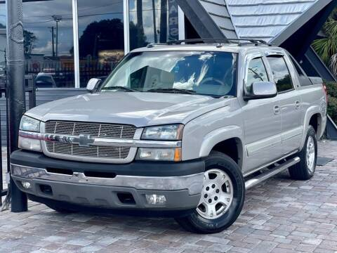 2005 Chevrolet Avalanche for sale at Unique Motors of Tampa in Tampa FL