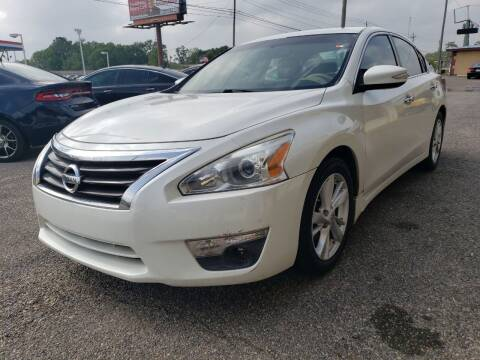 2013 Nissan Altima for sale at Best Buy Autos in Mobile AL
