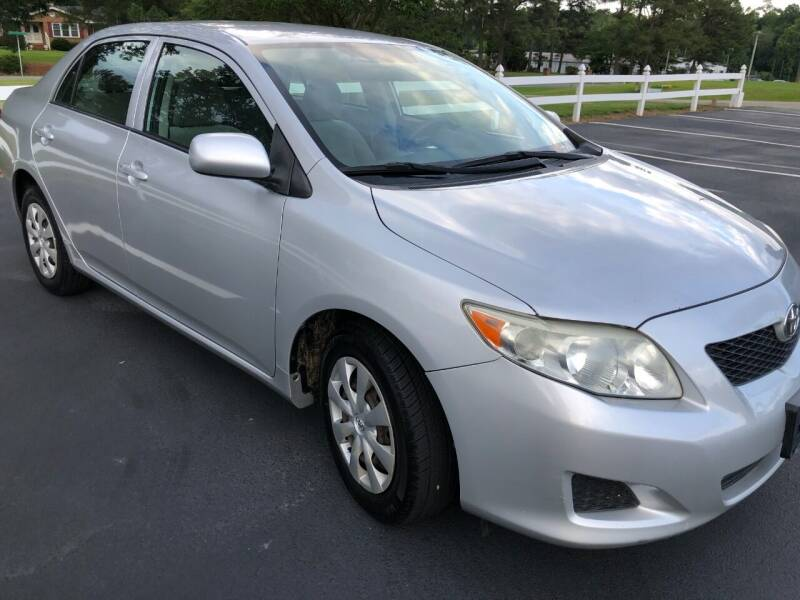 2009 Toyota Corolla for sale at Global Autos in Kenly NC