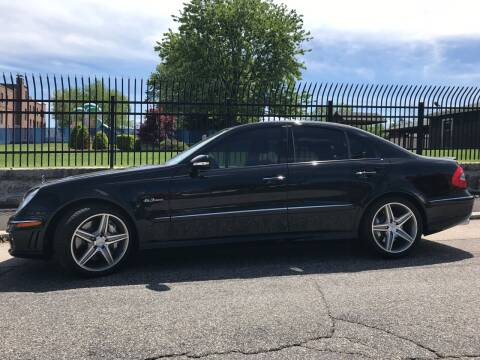 2008 Mercedes-Benz E-Class for sale at Bob & Sons Automotive Inc in Manchester NH