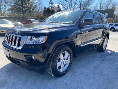 2011 Jeep Grand Cherokee for sale at SETTLE'S CARS & TRUCKS in Flint Hill VA