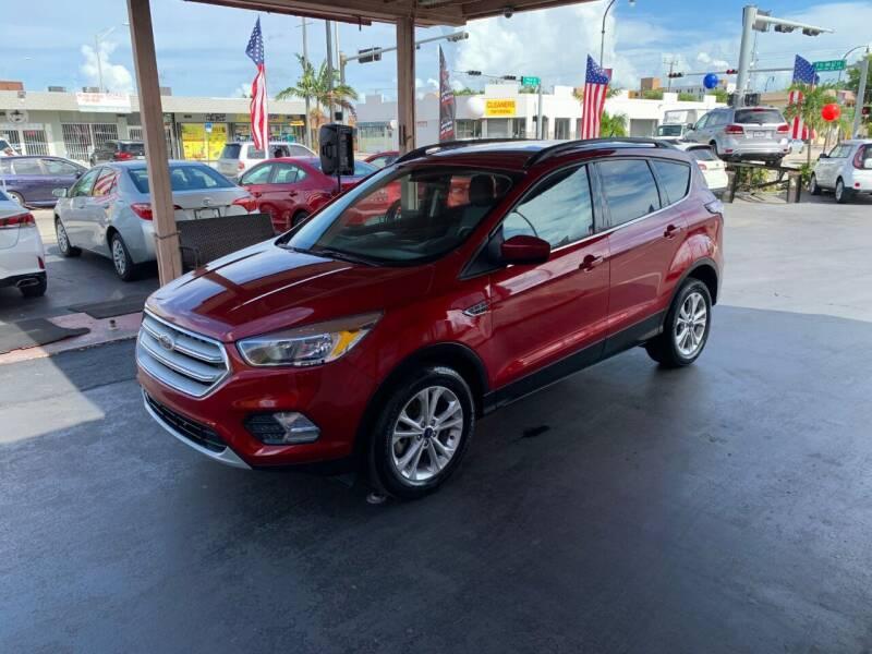 2018 Ford Escape for sale at American Auto Sales in Hialeah FL