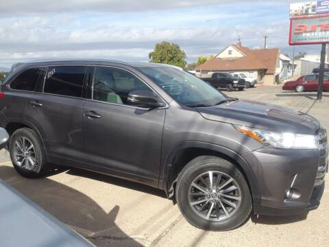 2017 Toyota Highlander for sale at Sunset Auto Body in Sunset UT