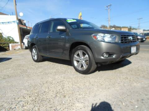 2008 Toyota Highlander for sale at Mountain Auto in Jackson CA