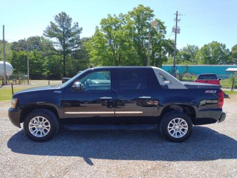 2011 Chevrolet Avalanche for sale at Space & Rocket Auto Sales in Hazel Green AL