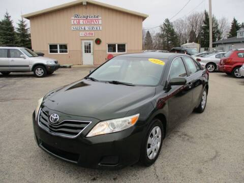 2011 Toyota Camry for sale at Richfield Car Co in Hubertus WI