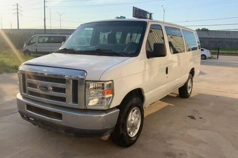 2013 Ford E-Series Wagon for sale at Bad Credit Call Fadi in Dallas TX