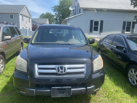 2007 Honda Pilot for sale at Whiting Motors in Plainville CT