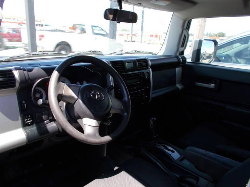 2007 Toyota FJ Cruiser 4dr SUV (4L V6 5A) - Arlington TX