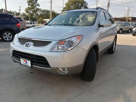 2011 Hyundai Veracruz for sale at EURO MOTORS AUTO DEALER INC in Champaign IL