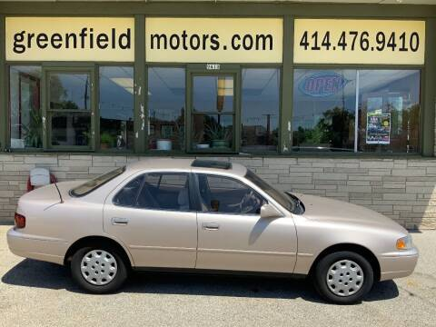 1995 Toyota Camry for sale at GREENFIELD MOTORS in Milwaukee WI