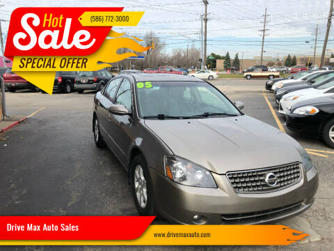 2005 Nissan Altima for sale at Drive Max Auto Sales in Warren MI