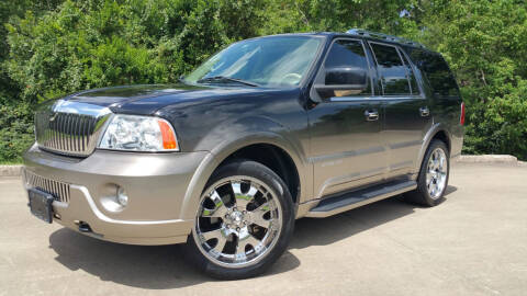2004 Lincoln Navigator for sale at Houston Auto Preowned in Houston TX