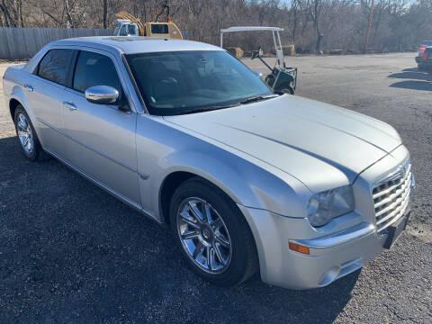 2006 Chrysler 300 for sale at Ol Mac Motors in Topeka KS