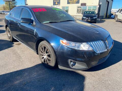 2009 Lincoln MKS for sale at BELOW BOOK AUTO SALES in Idaho Falls ID