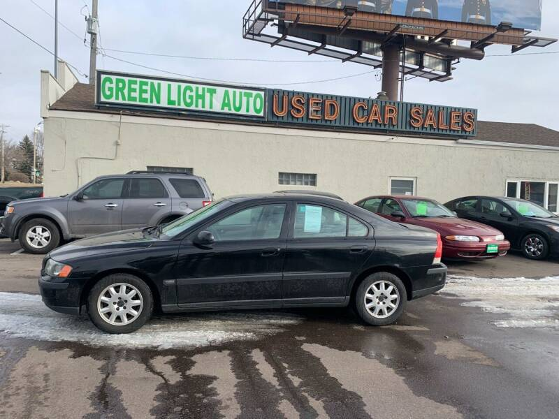 2001 Volvo S60 for sale at Green Light Auto in Sioux Falls SD