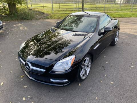 2014 Mercedes-Benz SLK for sale at Queen City Classics in West Chester OH