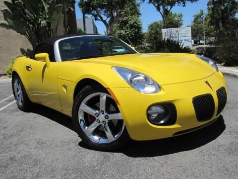 2007 Pontiac Solstice for sale at ORANGE COUNTY AUTO WHOLESALE in Irvine CA